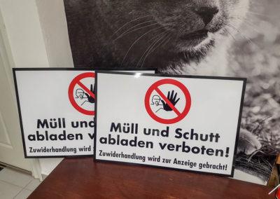 Schild Müll und Schutt abladen verboten Zosseder