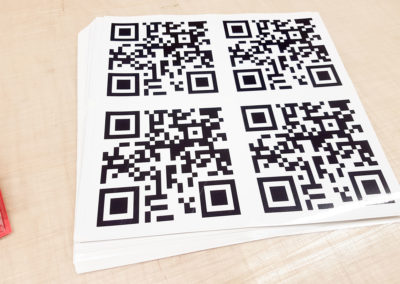 Individuelle Aufkleber im Digitaldruck mit Schutzlaminat konturgeschnitten