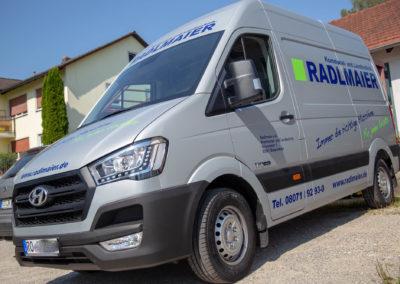 Fahrzeugbeschriftung Autobeschriftung Radlmaier kommunal und Landtechnik Babensham Brei Werbetechnik Wasserburg