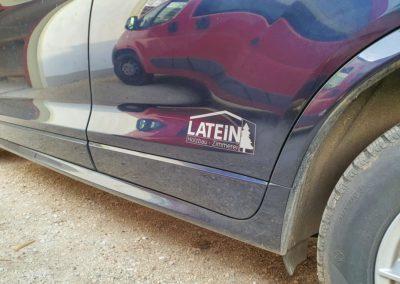 Fahrzeugbeschriftung dezent Holzbau Latein Eiselfing