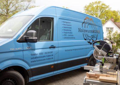 Fahrzeugbeschriftung Holzwurm Huber Pfaffing