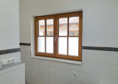 Sichtschutzfolie Milchglasfolie Badezimmer Wasserburg