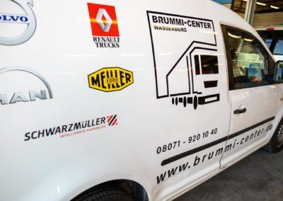 Fahrzeugbeschriftung Brummi-Center Wasserubrg