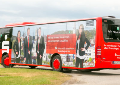 Fahrzeugbeschriftung Bus Sparkasse Wasserburg