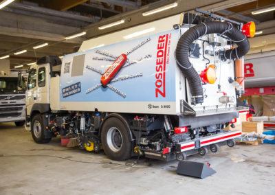 Fahrzeugbeschriftung Kehrmaschine Zosseder Wasserburg
