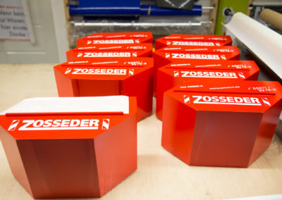 Beschriftung Holzcontainer Zosseder