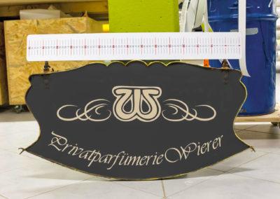 Beschriftung Schild Parfümerie Wierer Wasserburg