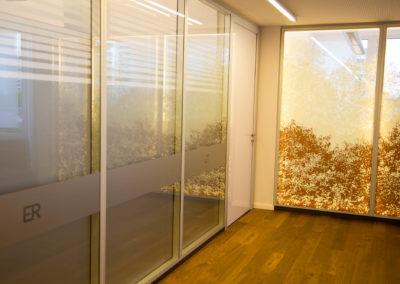 Glasdekorfolie Bürofenster beidseitig beschriftet