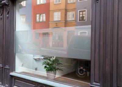 Schaufensterbeschriftung Niederlöhner